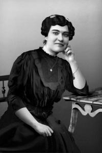 Carolina Beatriz Ângelo, sufragista e feminista