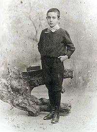 Fernando Pessoa as a child (public domain image from the portuguese wikipedia page